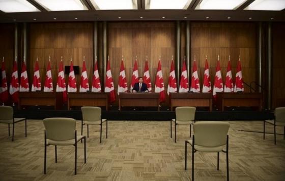 الحكومة الفيدرالية تفتح برنامج هجرة خاص لسكان هونغ كونغ للبقاء في كندا